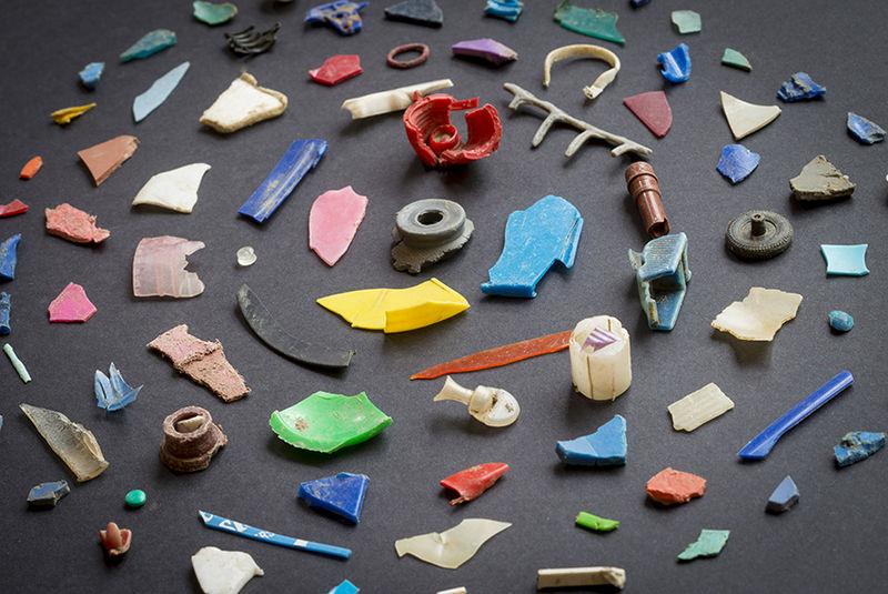 """Dal dopoguerra, plastica sufficiente a """"impacchettare la Terra"""""""